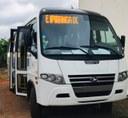 Vereadores comemoram aquisição de novo ônibus da Secretaria de Saúde adaptado para cadeirantes